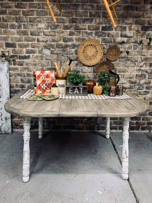 Chunky Farmhouse Distressed Kitchen / Dining Table + Leaf for Sale in Joliet, IL