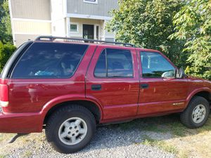 2000 Chevrolet ( Chevy ) Blazer 4WD. 4 door s10 style for Sale in Tacoma, WA