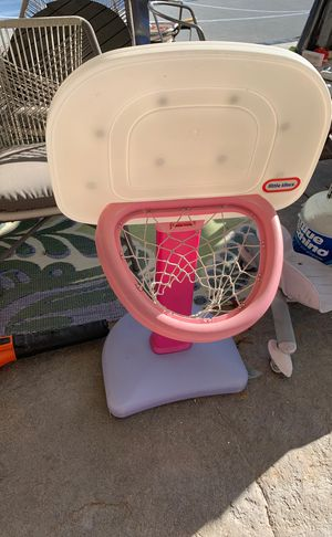 Basketball hoop $3 for Sale in Temecula, CA