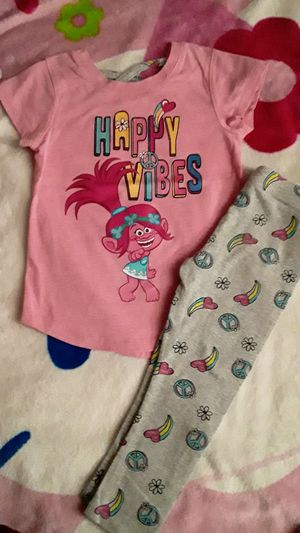 Trolls set size 3t for Sale in Huntington Park, CA