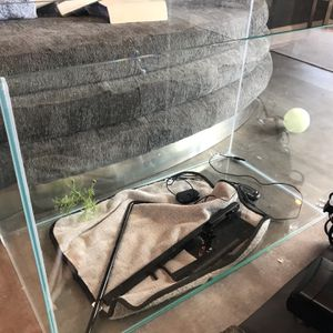 20 Gallon Fish Tank for Sale in Pomona, CA