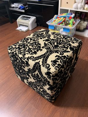 Ottoman without storage for Sale in Plantation, FL
