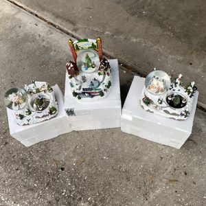 Christmas Snow Globes for Sale in Brandon, FL
