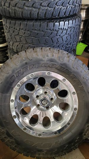"""18 """" Jeep Wrangler wheels for Sale in San Angelo, TX"""