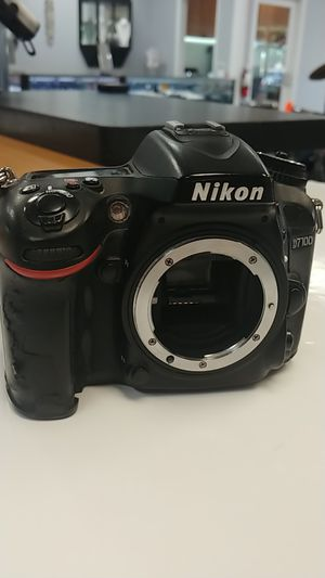 Nikon digital camera d7100 w/nik for Sale in Port St. Lucie, FL