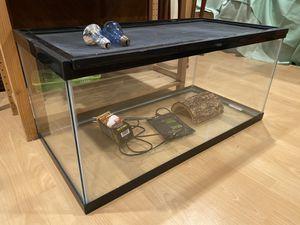 Reptile Glass Enclosure 30 GAL Terrarium Screen Top for Sale in Artesia, CA