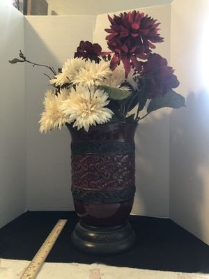 Scentsy vase Roma w faux flowers for Sale in Tarpon Springs, FL