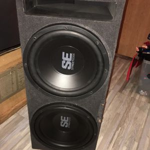 2/12 Memphis Subwoofers W/ported Box for Sale in Lakeside, CA