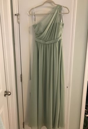 Bridesmaids dress. Alfred Angelo. Worn once great condition. Size 6-8 fit. Soft mint green. for Sale in Apex, NC