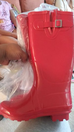 Kamik Kids Rain Boots Size 5 for Sale in Nashville, TN