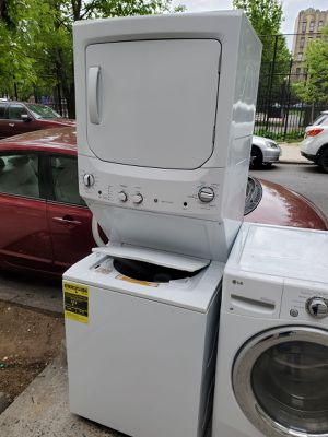 GE 24in wide stackable gas for Sale in The Bronx, NY