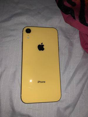 Iphone XR unlocked for Sale in Germantown, MD