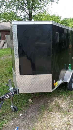 E-Series enclosed utility trailer perfect for tools small moving projects or anyting else fully enclosed weatherproof for Sale in Dallas, TX