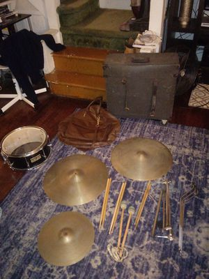Drum & cymbal set, comes with cymbal stand also for Sale in Philadelphia, PA