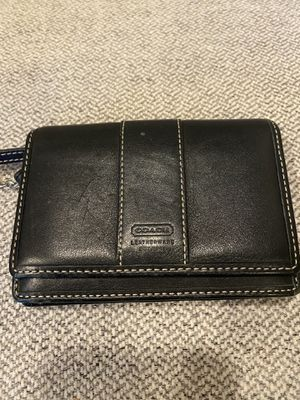 COACH F88250 Mini Skinny Id Case Pebble Leather With Key Chain for Sale in West Sacramento, CA