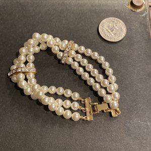 Vintage Faux Pearl Bracelet for Sale in Fairfax, VA