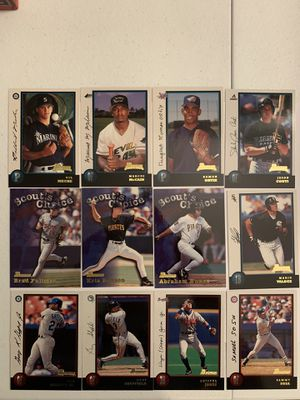 1998 Bowman Baseball cards lot of approximately 50 cards ⚾️ Ken Griffey jr. for Sale in Turlock, CA