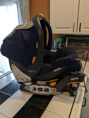 Chicco KeyFit Carseats Infant with Bases (TWO) for Sale in Springfield, OR