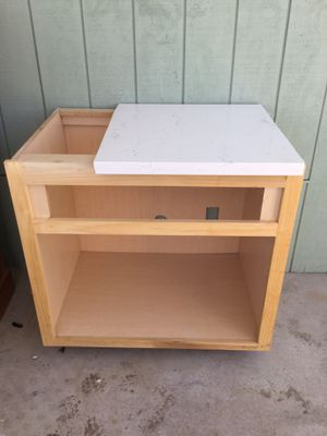 Kitchen cabinet no doors for Sale in San Jacinto, CA