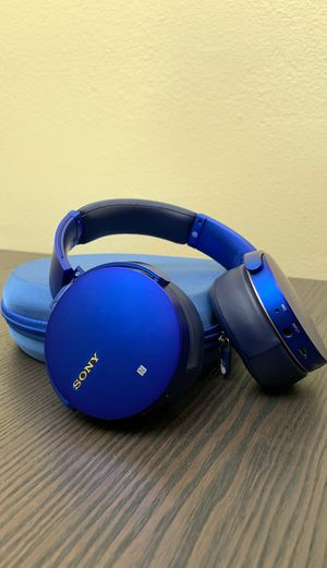 Sony MDR-XB950B1 EXTRA BASS Wireless Headphones for Sale in San Diego, CA