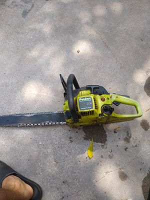Broken Poulan Chainsaw for Sale in Farmington Hills, MI