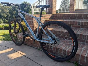 """GT Aggressor Pro 27.5"""" Mountain Bike Disc Suspension Large for Sale in Jacksonville, MD"""