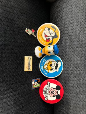 7 Walt Disney pins two Mickey Mouse , two Goofy , one Donald Duck with his bobble head , one Disneyland pin $15 or best offer for Sale in Victorville, CA