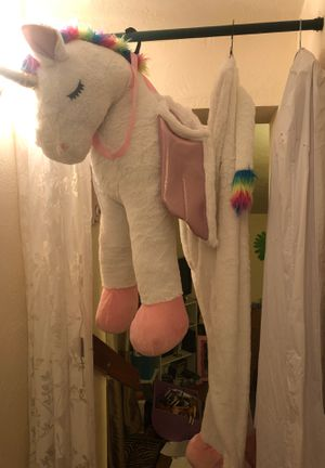 Enchanting 3D Unicorn Costume for Sale in Olympia, WA