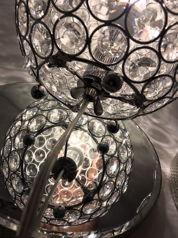 Crystal Balls Chandeliers stand
