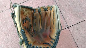 Baseball Softball glove mitt for Sale in San Leandro, CA