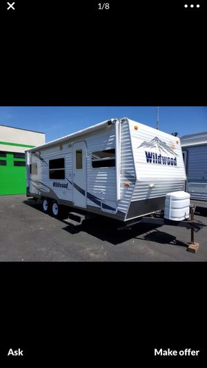 2009 Wildwood By Forest River Travel Trailer for Sale in Santa Ana, CA