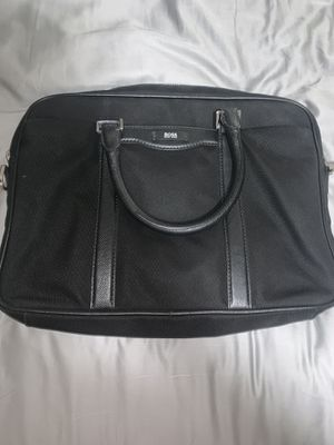 Authentic HUGO BOSS briefcase (no strap) used once. Black office bag men's for Sale in Pembroke Pines, FL