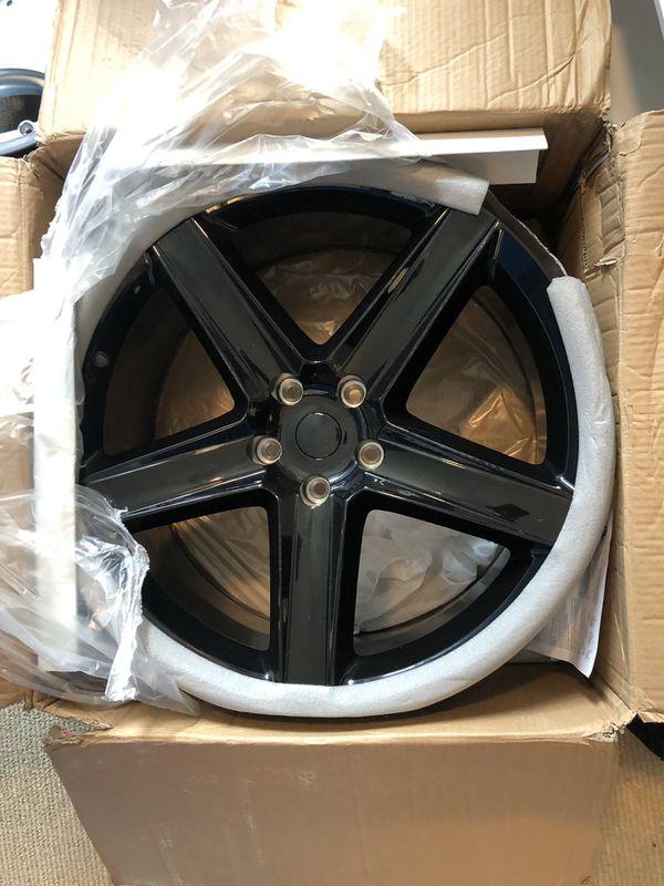 Brand new SRT8 22inch rim (JUST ONE)