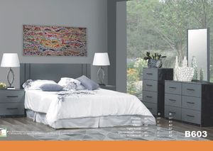 Beautiful 7 piece bedroom set in grey (mattress sold separately) for Sale in Chicago, IL