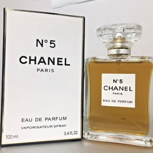 For Woman. EDP 3.4 fl oz, 100 ml 100% Authentic Original CHANEL NO.5 Perfume Brand New! Sealed in Box for Sale in Los Angeles, CA