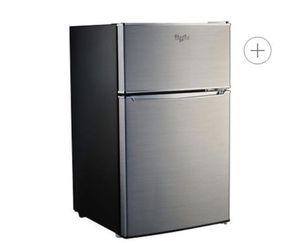 Mini Refrigerator/freezer Whirlpool for Sale in Sterling, VA