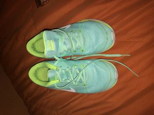 Nike shoes SIZE 6 $15 or best offer!!!!!!! for Sale in Reedley, CA
