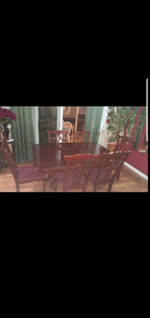 Kitchen table with chairs for Sale in Portland, OR
