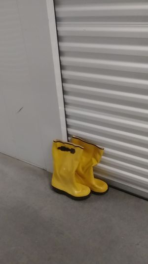 Boots. Yellow. All weather. for Sale in Norfolk, VA