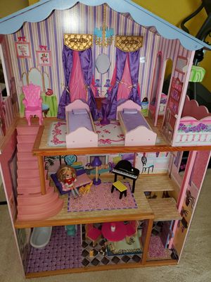 3 Story Doll House - KidsKraft for Sale in Burleson, TX