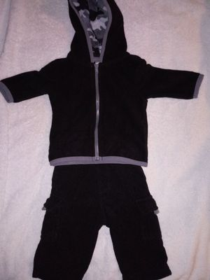 Baby Clothes (Size 0-3m) for Sale in Cleveland, OH