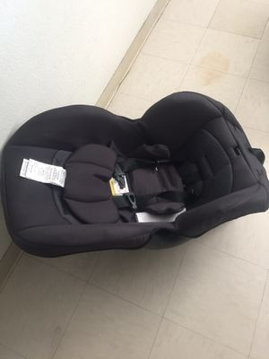 Brand new Even Flo car seat for Sale in Stockton, CA