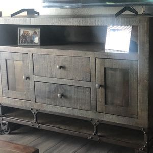 Tv Console for Sale in La Mesa, CA