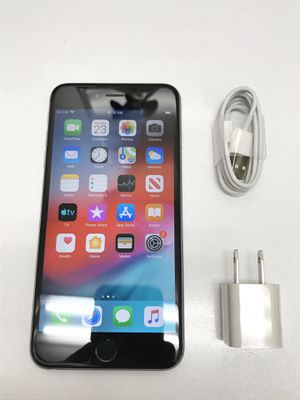 iPhone 6 Plus Space Grey CARRIER UNLOCKED! for Sale in Lakewood, CA