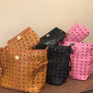 (Brand New) MCM Tote Bag for Sale in Stone Mountain, GA