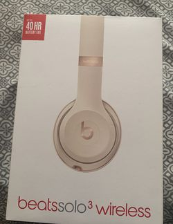 Beatssolo3 wireless for Sale in Washington,  DC