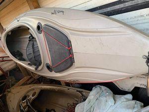 vendo kayak tiene una reparación pero esta en bien for Sale in San Jose, CA