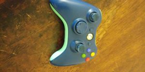 Xbox 360 controller for Sale in Glendale, AZ
