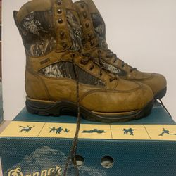 New Danner Boots for Sale in Gresham,  OR