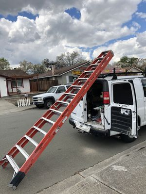Ladder size 14ft Werner extra heavy duty professional Use for Sale in Hayward, CA